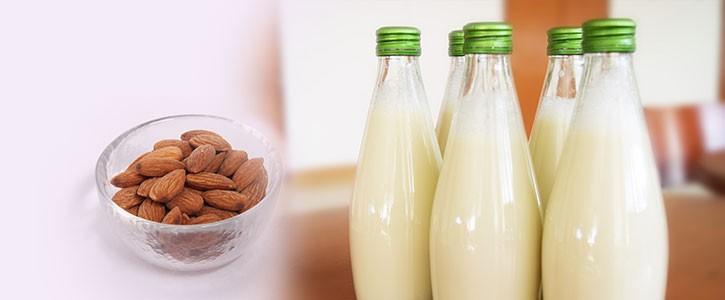 Homemade almond milk roberta mittman homemade almond milk malvernweather Image collections